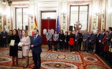 PP y PSOE se enfrentan por los 187 millones que el Gobierno inyectará a León