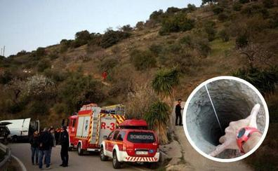 Ocho técnicos de la Brigada de Salvamento Minero de Hunosa se suman al rescate del pequeño atrapado en un pozo