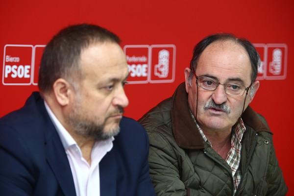 La Audiencia archiva la denuncia de la secretaria de Castropodame contra el alcalde por acoso laboral y prevaricación