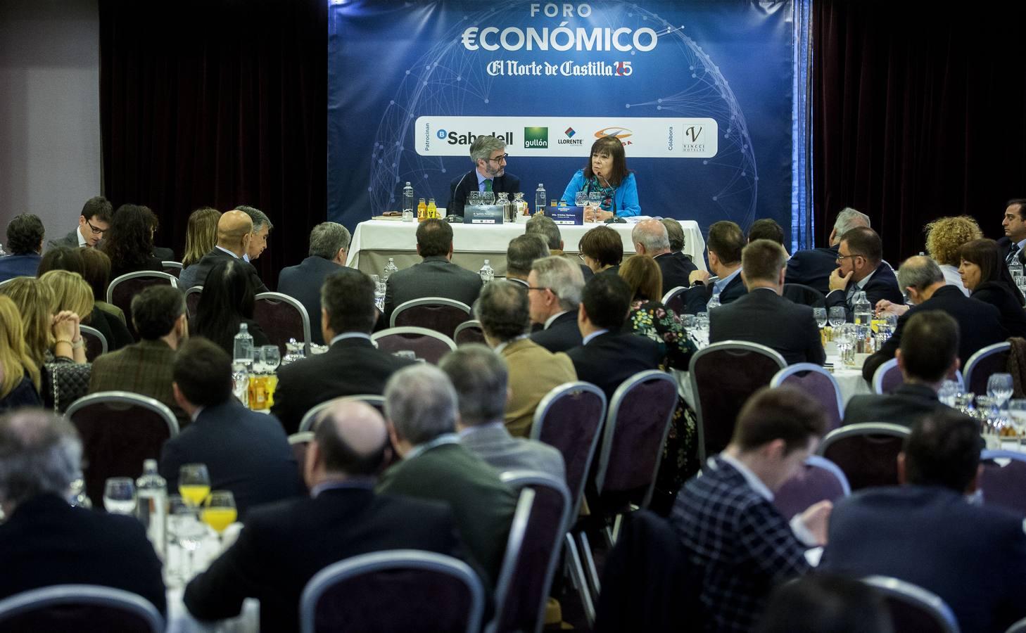 Cristina Narbona en el Foro Económico de El Norte