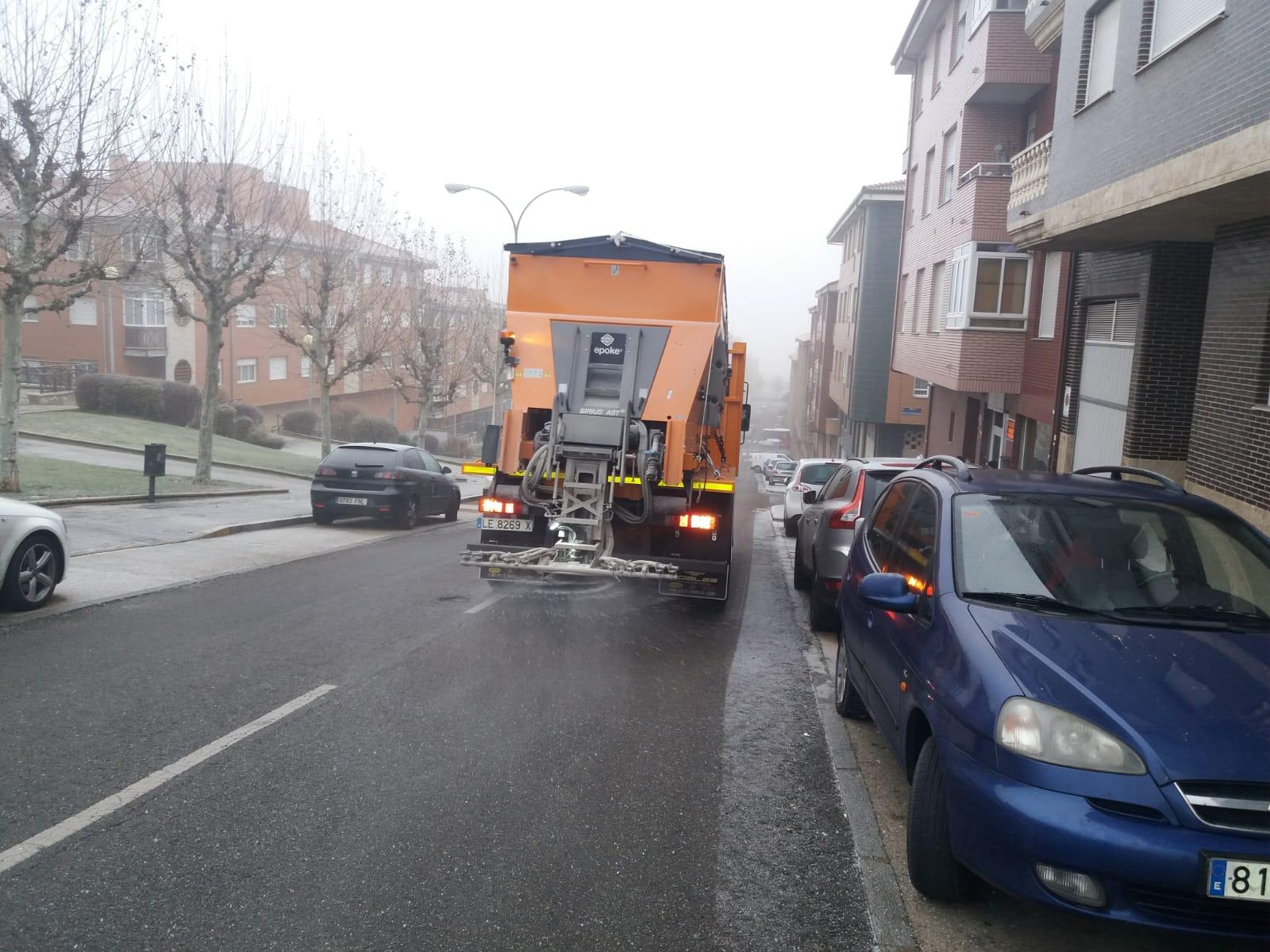Extendido preventivo de sal en León