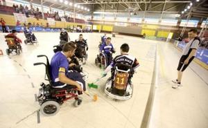 Fundación Once dona a Deporte Adaptado León sillas ruedas para promover el baloncesto adaptado