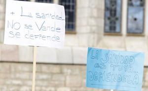 El Ayuntamiento de Fabero denuncia la «asfixia» sanitaria del municipio y recoge firmas para exigir soluciones a la Junta
