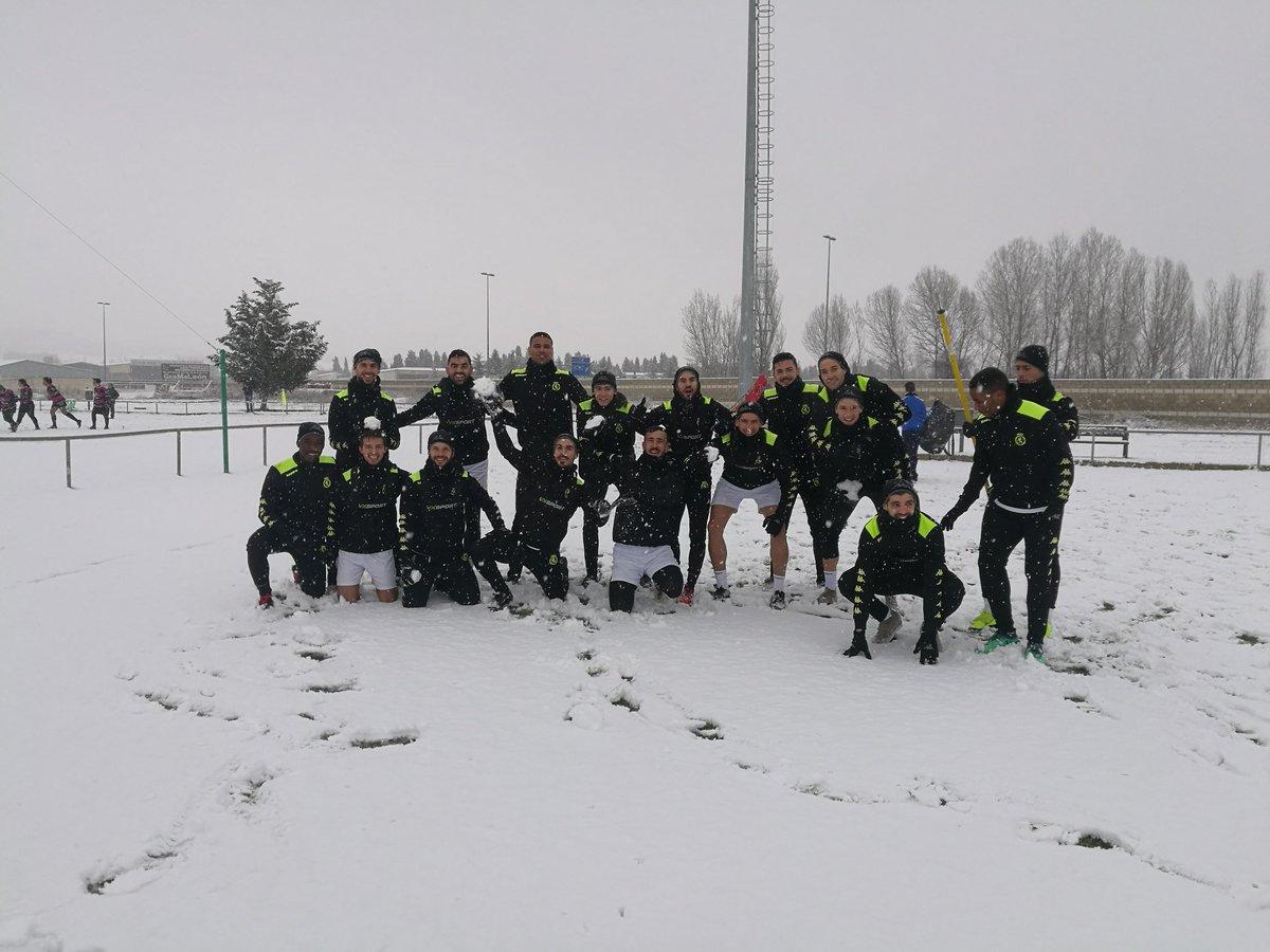 La Cultural entrena sobre la nieve