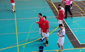 Suspenden un partido de balonmano base por goteras en el pabellón