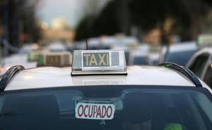 Los taxistas de Madrid se suman a la huelga contra los VTC