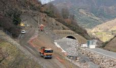 Fomento prepara el montaje de vías de la Variante de Pajares para concluir en abril de 2020