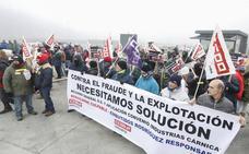 Los «falsos autónomos» desconvocan la huelga y abre un espacio de diálogo con Embutidos Rodríguez