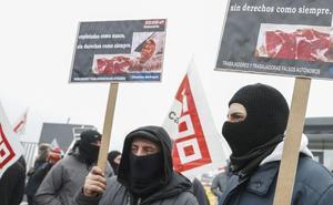 Los «falsos autónomos»: una figura que genera controversia en el sector cárnico