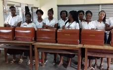 El proyecto del Colegio La Asunción y Asprona consigue máquinas de coser para una escuela en Costa de Marfil