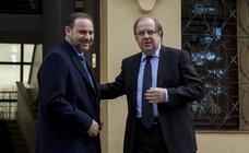 Juan Vicente Herrera se reúne en Valladolid con el ministro de Fomento