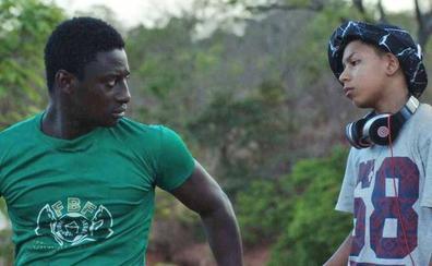 El Albéitar proyecta una película sobre el paso a la edad adulta de un joven africano