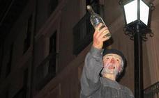 La Cofradía de Genarín evitará la plaza del Grano para que si no participan «no se junten a beber»