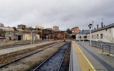 La Alta Velocidad sume en el olvido a la red convencional del ferrocarril en Castilla y León