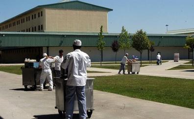 En las cárceles de la región hay 3.200 presos menos que hace nueve años