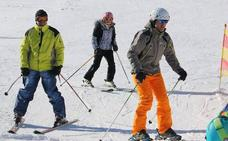 Las Estaciones de Esquí de la provincia reciben durante el fin de semana a un total de 4.098 usuarios