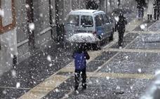 La cota de nieve bajará durante este martes hasta los 800 metros en la montaña