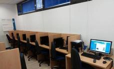 Más de un centenar de personas participaron en los talleres de informática del Aula de Nuevas Tecnologías de San Andrés