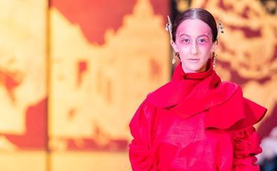 Las fibras de origen forestal inspiran a la leonesa María Lafuente