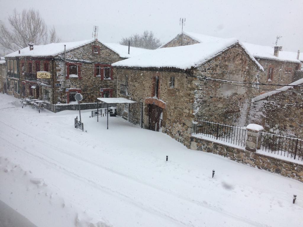La nieve tiñe de blanco la provincia