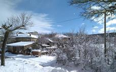 El frío y el viento desplazan a la nieve y ponen en alerta a Castilla y León por bajas temperaturas