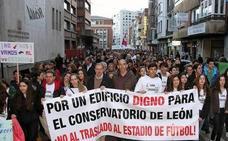 'Por un conservatorio digno' denuncia la falta de previsión en el edificio de León y lo compara con Zamora
