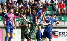 El Astorga naufraga en Soria y se deja medio playoff