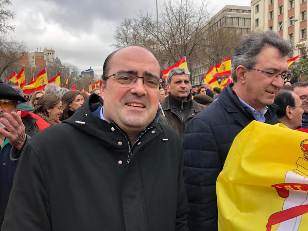 Leoneses acuden a la manifestación de Colón