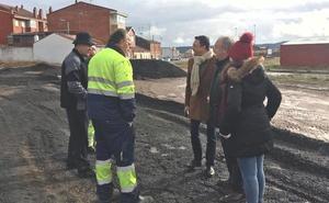 El Ayuntamiento de León ejecuta obras de mejora en Cantamilanos y Armunia acordadas con los vecinos