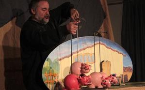 El cuento 'Los tres cerditos' con títeres abre un ciclo dedicado al teatro familiar en Villarejo