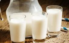 El precio del litro de leche de vaca apenas se ve alterado en 2018 y cierra el año a 0,334 euros en Castilla y León