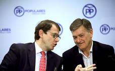 Mañueco sitúa al PP como el «antídoto» entre el PSOE y los que «quieren desmontar» la Comunidad