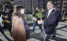 Villarroel cree que Silván «busca no declarar» en la comisión de investigación por la Operación Enredadera