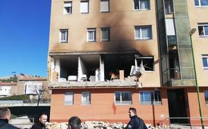 Un fallecido en una explosión de gas en una vivienda en la Barriada San Juan Bautista en Bugos