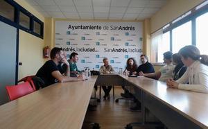 San Andrés Saludable reúne a los centros educativos para promover el programa de voluntariado 'Muévete Conmigo' de la ULE