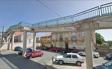 El PP lleva al pleno la construcción de la pasarela sobre el tren que una los barrios Paraíso Cantinas y La Sal