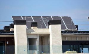 La compraventa de viviendas repunta en Castilla y León, aunque por debajo de la media del país