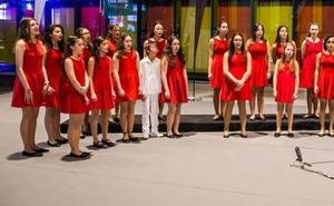 Manos Unidas celebra un concierto en el 'Ángel Barja' para dar difusión a su nueva campaña