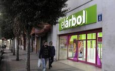 CCOO teme que los empleados de El Árbol sean los más afectados por los despidos en la cadena Dia