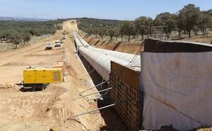 La Junta ve resuelto el bloqueo a los regadíos leoneses tras el bloqueo a los PGE de Sánchez