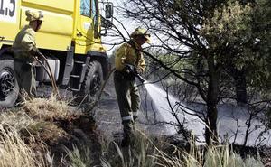 La Junta contrata tres retenes contra incendios para León, Astorga y Ponferrada
