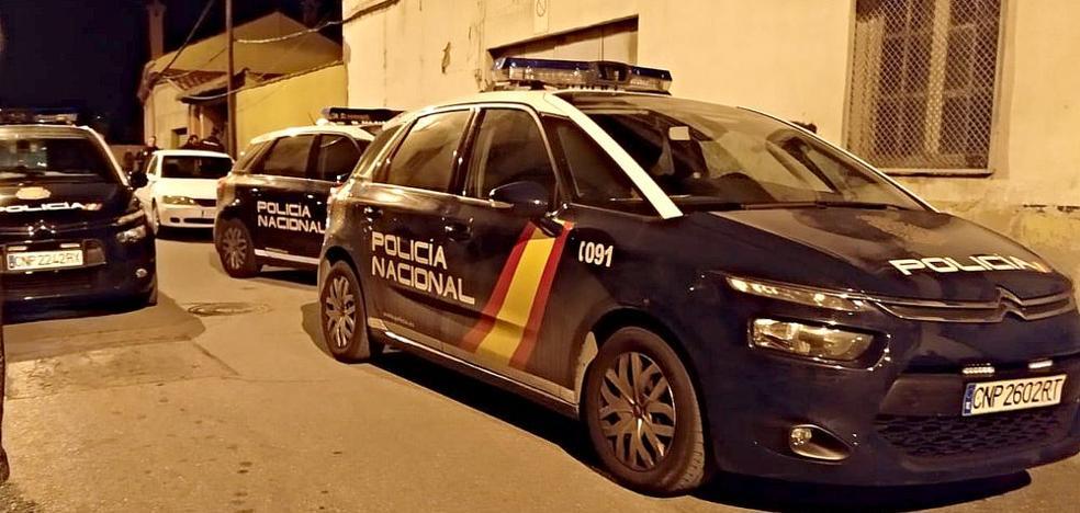 Dos detenidos tras la 'oleada de robos' en el barrio de Armunia