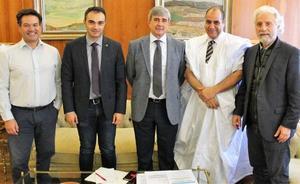 El delegado autonómico de la República Árabe Saharaui Democrática visita la ULE