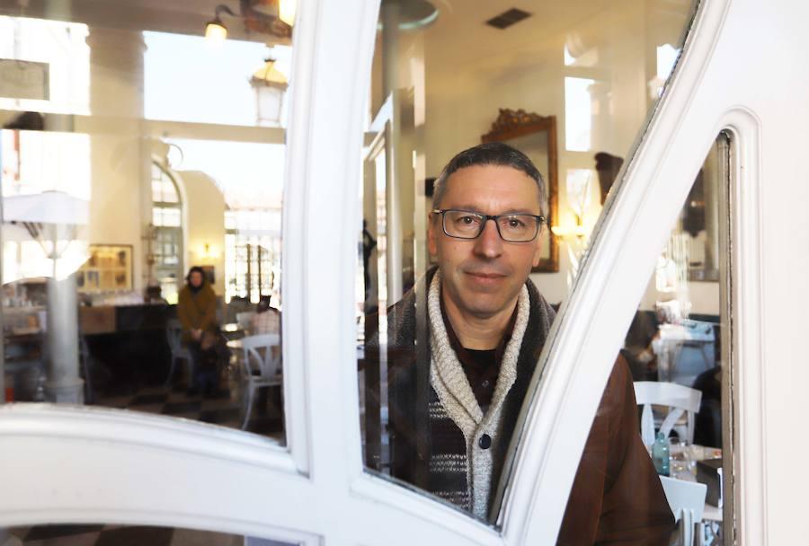 El escritor leonés Pablo Andrés Escapa