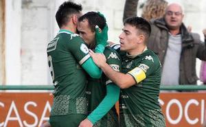 El Atlético Astorga gana crédito en el derbi ante La Virgen