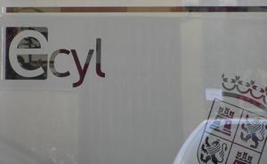 Las oficinas de empleo de León, a medio gas ante la falta del 50% de su plantilla