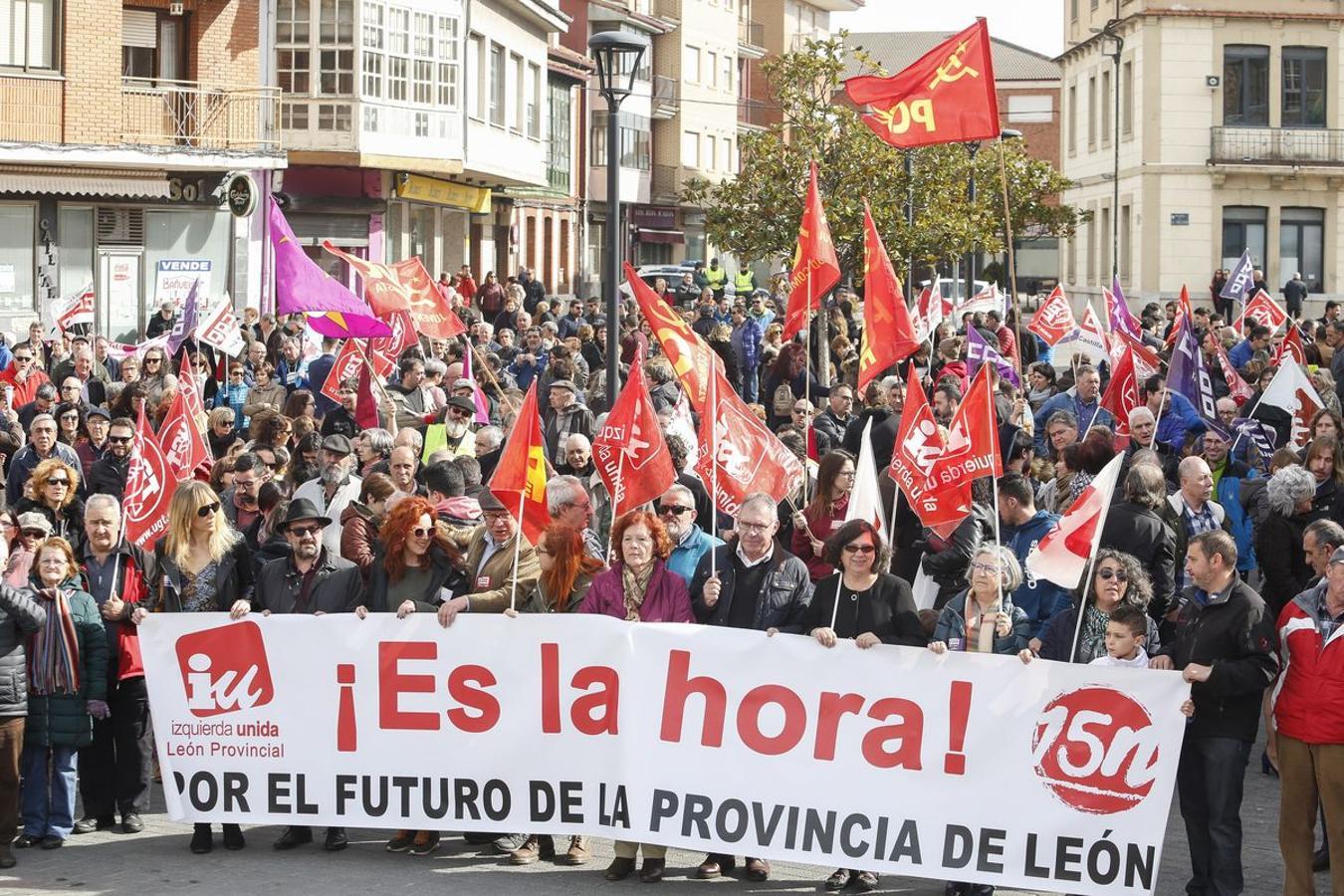 Manifestación por el futuro de la Montaña Leonesa en La Robla