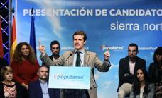 Casado afirma que el 28 de abril hay que elegir entre «el PP o el caos»