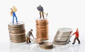 CCOO y UGT impulsan una campaña de control del cumplimiento de la subida a 900 euros del SMI a 22.500 leoneses