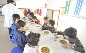 Sanidad inspecciona cada día seis comedores escolares en Castilla y León para evitar intoxicaciones